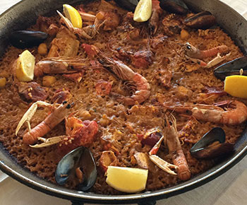paella-marisco-restaurante-dehesa